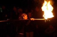 Les feux sont faits - Eine pyroszenische Bespielung des Turbinenplatzes in Zürich. Bachelorarbeit der ZHdK zusammen mit 10 Mitstudierenden unter der Leitung von Serge Lunin und Dodó Deér, 2008, 16/18