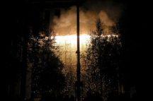 Les feux sont faits - Eine pyroszenische Bespielung des Turbinenplatzes in Zürich. Bachelorarbeit der ZHdK zusammen mit 10 Mitstudierenden unter der Leitung von Serge Lunin und Dodó Deér, 2008, 18/18