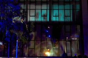 Les feux sont faits - Eine pyroszenische Bespielung des Turbinenplatzes in Zürich. Bachelorarbeit der ZHdK zusammen mit 10 Mitstudierenden unter der Leitung von Serge Lunin und Dodó Deér, 2008, 3/18